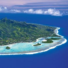 Visit the cook islands, and experience this beauty first hand. The Cook Islands, the South Pacific archipelago nation, lies southwest of Tahiti. Top Travel Destinations, Places To Travel, Places To Go, Rarotonga Cook Islands, Fiji Islands, Islands In The Pacific, Island Nations, Thinking Day, Destination Voyage