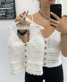20 Crochet ideas for you Pull Crochet, Gilet Crochet, Crochet Bra, Crochet Shirt, Crochet Clothes, Crochet Bandeau Tops, Crochet Summer Tops, Crochet Crop Top, Beautiful Crochet