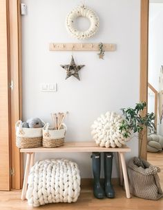 Entrance with nordic styling Nordic Home, Entryway Bench, Entrance, House Design, Diy, Photo And Video, Modern, Ideas, Furniture