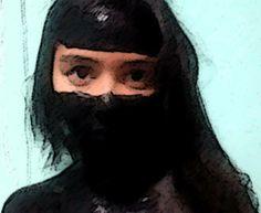 Byatryz Nogueira 1004 VERDADEIRO EU - Tira, a máscara que cobre o seu rosto// Se mostre e eu descubro se eu gosto// Do seu verdadeiro jeito de ser// O importante é ser você// Mesmo que seja estranho, seja você// Mesmo que seja bizarro, bizarro, bizarro - Máscara, Pitty.