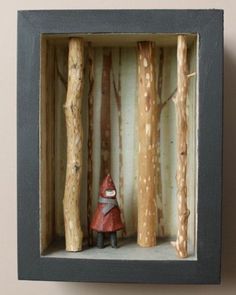 Little Red DIORAMA. Would be neat to make ones for other fairy tales. I absolutely love Grimm fairytales. by emily Little Red DIORAMA. Would be neat to make ones for other fairy tales. I absolutely love Grimm fairytales. by emily Diy Artwork, Artwork Pictures, Artwork Design, Wall Art Designs, Artwork Ideas, Poster Designs, Shadow Box Kunst, Shadow Box Art, Art Altéré