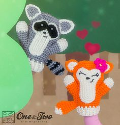 Flora the Fox and Ryo the Raccoon Puppets pattern by Carolina Guzman Crochet Amigurumi, Amigurumi Patterns, Crochet Toys, Crochet Baby, Knit Crochet, Octopus Crochet Pattern, Glove Puppets, Puppet Patterns, Amigurumi