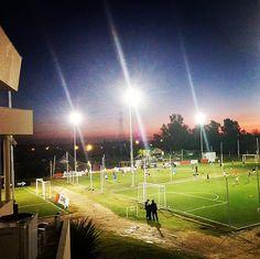 Se vino la noche en el complejo Buenos Aires Football #alquilerdecanchas #futbolbenavidez #hoysejuega