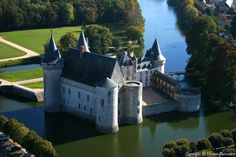 Château de Sully-sur-Loire.