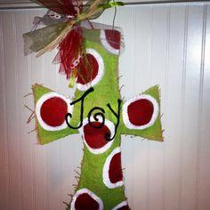 burlap crafts for christmas | Burlap Christmas cross | Christmas crafts
