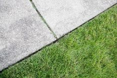 How to Clean Concrete With Household Products
