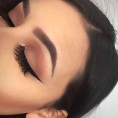 Idée Maquillage 2018 / 2019 : makeup eyebrows and eyeliner image Makeup On Fleek, Flawless Makeup, Cute Makeup, Pretty Makeup, Skin Makeup, Makeup Eyebrows, Makeup Eyeshadow, Brown Eyeshadow, Mac Makeup