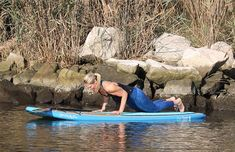 Stand Up Paddleboard Yoga (SUP Yoga) – Tips and Poses For Beginners Paddle Board Yoga, Sup Yoga, Yoga Tips, Paddle Boarding, Stand Up, Ocean, Poses, Workout, Fitness