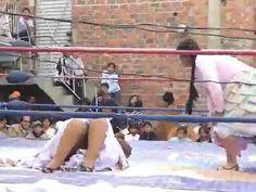 Carmen Rosa, cholita peleadora - YouTube