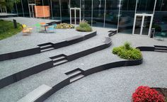 ALMERE LIBRARY ROOF GARDEN