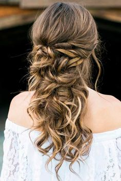 Half Up Half Down Bridesmaid Hairstyles ★ See more: http://lovehairstyles.com/half-up-bridesmaid-hairstyles-long-hair/