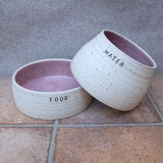 Pair of spaniel dog food and water bowls long eared ears   Etsy Food Bowl, Spaniel Dog, Pet Bowls, Stoneware Clay, Dog Accessories, Dog Mom, Dog Food Recipes, Fur Babies, Pet Supplies