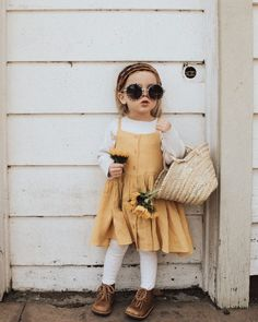 Preparing a toddler to be a sibling. Little Kid Fashion, Little Girl Outfits, Toddler Girl Outfits, Baby Girl Fashion, Toddler Fashion, Toddler Girl Style, Baby Style, Fashion Fashion, Toddler Girls Clothes