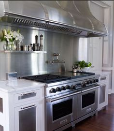 Dream stove. And beyond. I 58 year old Grandma and to cook on that for my  familycnot mention friends would be somthing no words can discribe!!