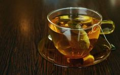 Green tea has benefits like weight loss.It improves the skin and reduce the risk of cancer.This post is about health benefits of Green tea. Weight Loss Tea, Lose Weight, Green Tea Side Effects, Fruit Bio, Ginseng Tea, Green Tea Benefits, Medicinal Herbs, Detox Tea, Herbal Remedies