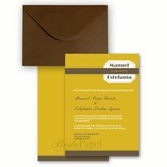Invitación de colores tierra con sobre en color chocolate