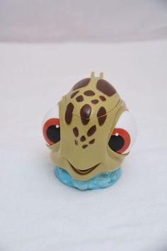 "4.5"" Finding Nemo Squirt Turtle Disney on Ice Plastic Mug Cup  Flip Lid"