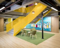 AEI Arquitectura e Interiores designed the offices of payment solutions company PayU, located in Bogotá, Colombia. PayU is the meeting place between the users and a service, this is why… Public Architecture, Stairs Architecture, School Architecture, Architecture Design, Corporate Interiors, Office Interiors, Commercial Stairs, Arcade, Meeting Place