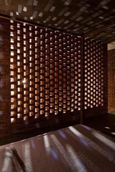 (via A Creative Brick House Controls the Interior Climate and Looks Amazing)