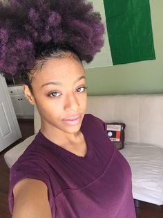 purple afro kelli my kelli Natural Hair Inspiration, Natural Hair Tips, Natural Hair Journey, Natural Hair Styles, Natural Beauty, Pelo Afro, Afro Hairstyles, Big Hair, Hair Today