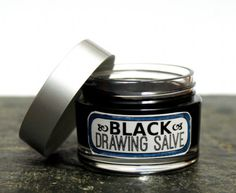 Homemade black drawing salve recipe works as a natural home remedy for splinters, boils, acne, bee stings, poison and infections. Homeopathic Remedies, Health Remedies, Holistic Remedies, Natural Home Remedies, Natural Healing, Herbal Medicine, Natural Medicine, Black Drawing Salve, Salve Recipes