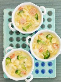 Mac-and-Cheese Soup (Quick & Easy)