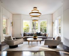 Old Rosedale meets contemporary living. Condo Living Room, Living Room Interior, Home And Living, Living Rooms, Living Area, Morden Living Room, Montauk Sofa, Kitchen Wall Units, Modern Home Bar