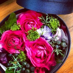 Pink&navy. for men  #box flower