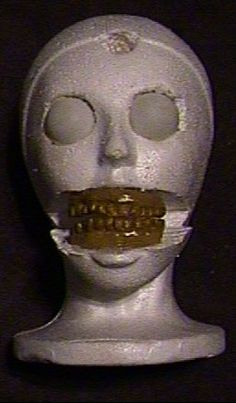 A great guide on sculpting creepy faces.