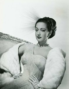 22 years old.Lover of old hollywood and anything vintage. Hollywood Cinema, Classic Hollywood, Old Hollywood, Dorothy Lamour, Lonely Heart, Staying Alive, Vintage Glamour, Fashion Dolls, Movie Stars