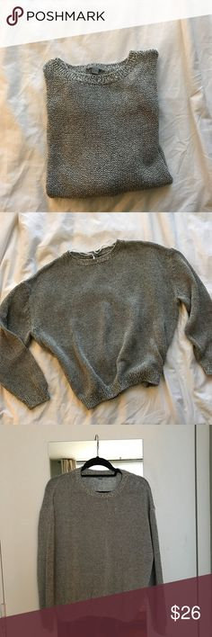 COS sweater Cotton poly sweater. Perfect sweater for chilly afternoons by the beach. Slightly cropped. Worn once. No snags or stains. In great condition COS Sweaters