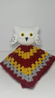 Baby Hedwig for your little one! This listing is for a baby Hedwig Lovey, complete with Griffindor House colors! This cuddly lovey is perfect for any Harry Potter fan, young and old