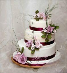 Свадебный торт и корзина - Сладкие лепестки Лилии
