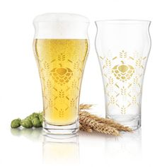 Hand finished with a barley & hops gold foil design these lead-free crystal glasses feature a flared rim that contours to the lips for improved flavours.  Beer Mugs, Contours, Gold Foil, Lead Free, Lips, Crystals, Glasses, Design, Eyewear