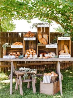 20 Farmer's Market Wedding Details: Specialty Food Stations | SouthBound Bride…