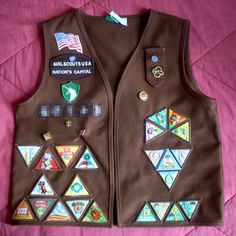 7 Best Brownie Vest Images In 2018 Girl Scout Troop Girl Scout