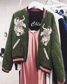 Basically bomber jacket goals ❤️ @chloe at the @matchesfashion preview last…