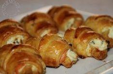 750 grammes vous propose cette recette de cuisine : Mini croissants au saumon fumé, philadelphia et ciboulette. Recette notée 3.5/5 par 29 votants et 6 commentaires.
