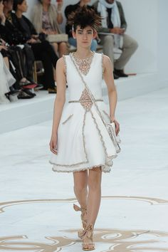 CHANEL Haute Couture Auromme-Hiver 2014-2015