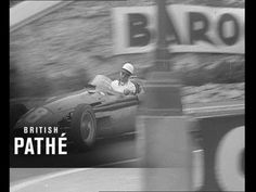 Stirling Moss does it again! Great footage of legendary racing driver, Stirling Moss winning the 1956 Monaco Grand Prix. Pebble Beach Car Show, Sterling Moss, Automobile, Mario Andretti, Monaco Grand Prix, Stirling, Ducati, Corvette, Vintage Cars