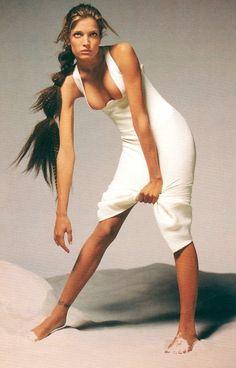 Stephanie Seymour for Gianni Versace Spring 1993 ph: Richard Avedon. Richard Avedon, Stephanie Seymour Body, 90s Models, Female Models, Rebecca Romijn, Bff, Linda Evangelista, Fashion Now, Jolie Photo