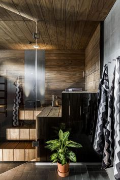 Upeat värit! Contemporary Saunas, Modern Saunas, Jacuzzi, Interior Styling, Interior Decorating, Country Baths, Sauna Design, Sauna Room, Laundry In Bathroom