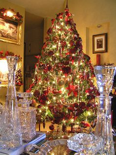 gold & red christmas tree | Sweet Designs: My red, gold and crystal Christmas tree 2006