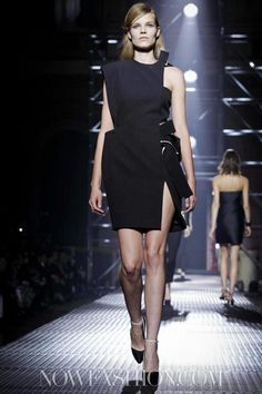 Lanvin Spring Summer Ready To Wear 2013 Paris Live Fashion, Paris Fashion, Runway Fashion, Fashion Show, Womens Fashion, Paris Shows, Lanvin, Ready To Wear, Fashion Photography