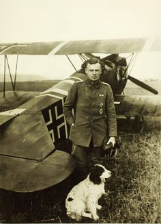 Rittmeister Karl Bolle was born in Berlin in 1893, and transferred from the army to the Imperial German Air Corps (Luftstreitkräfte) in late 1915.