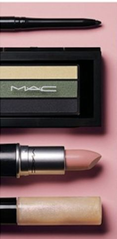 MAC Look in a Box Kit  #Nsale http://rstyle.me/n/mihahnyg6