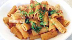 Πένες alla siciliana χωρίς γλουτένη - Dairy-free Dairy Free Recipes, Gluten Free, Penne, Food Hacks, Pasta Salad, Free Food, Curry, Remedies, Meals