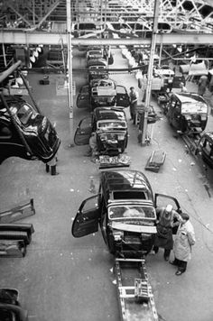 Austin Cars factory 1947. The history reflects the manufacturing orientation of Austin and Texas.