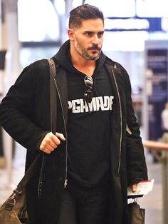 Star Tracks: Tuesday, March 24, 2015 | FLY GUY | Looking serious about catching his flight (or maybe just a bad case of the Mondays), Magic Mike XXL star Joe Manganiello heads through the Vancouver, Canada, en route to L.A.