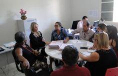 Em busca de melhorias para idosos, Defensora se reúne com coordenadores de Centros de Convivência